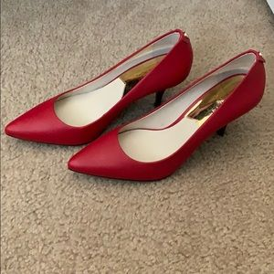 BRAND NEW MICHAEL KORS heels. Red. Size 8